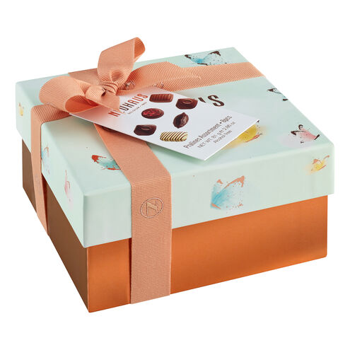 Spring Small Square Gift Box image number 11