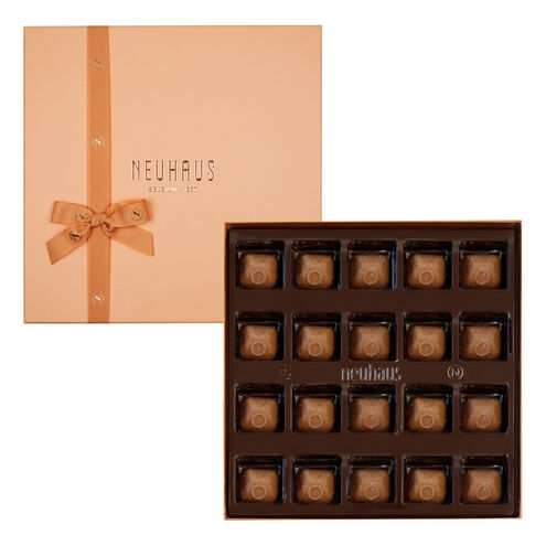 Special Edition Astrid Gift 20 pcs image number 01