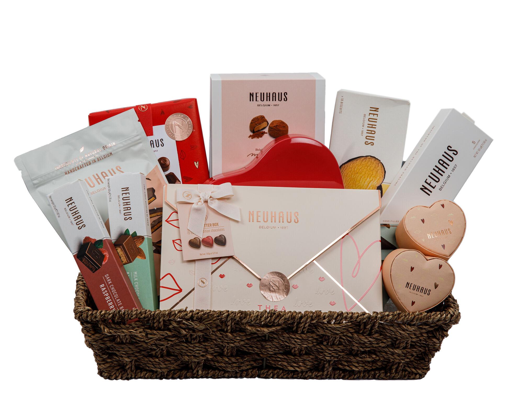 Neuhaus Ultimate Romantic Valentine Gift Basket image number 01