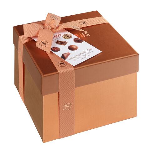 Gift Box Medium image number 11
