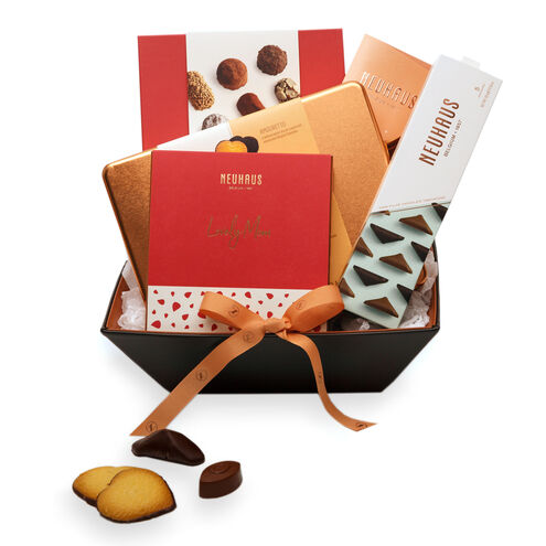 Luxury Mother's Day Chocolate Gift Basket image number 01